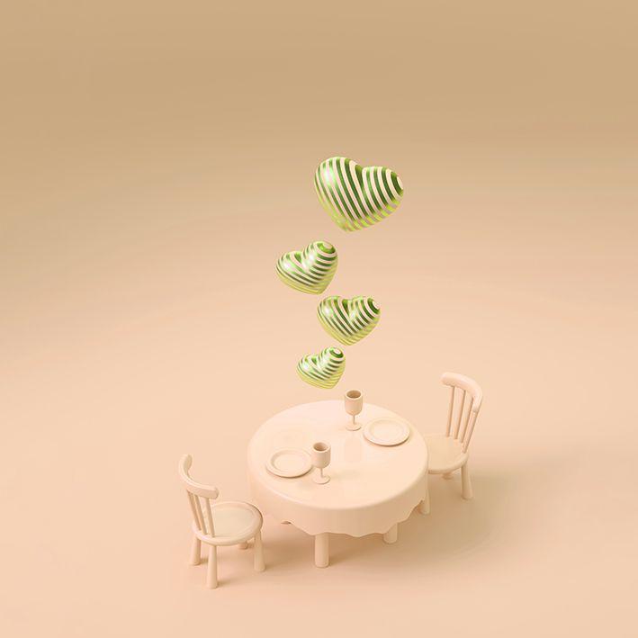 baskılı fon perde kavuniçi renklerle üstten kalplerle yemek masası desenli