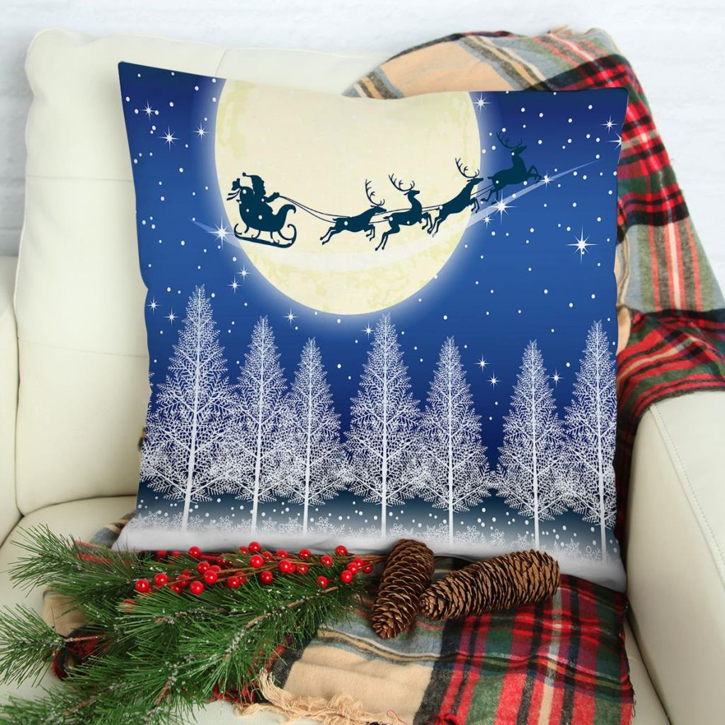 baskılı kırlent kılıfı mavi ay ışığında ağaçlar ile uçan kızaklı noel baba