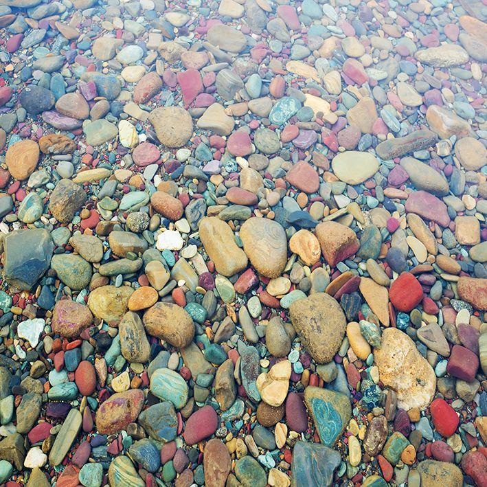 baskılı fon perde su altında renkli taş desenli