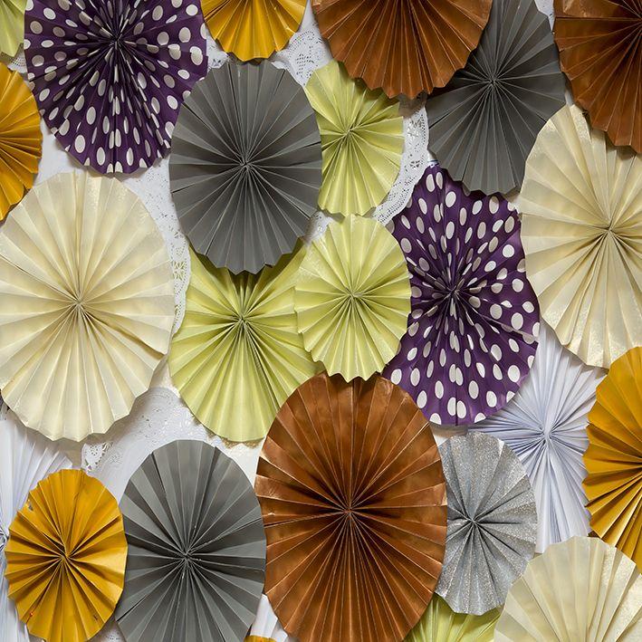 baskılı fon perde yuvarlak origami etkili renkli kağıt desenli
